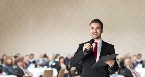 Cum să scapi de frica vorbitului în public?